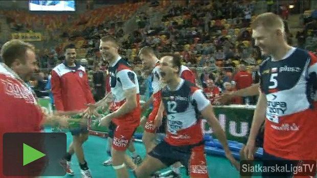 Siatkarze Zaksy świętują zdobycie Pucharu Polski