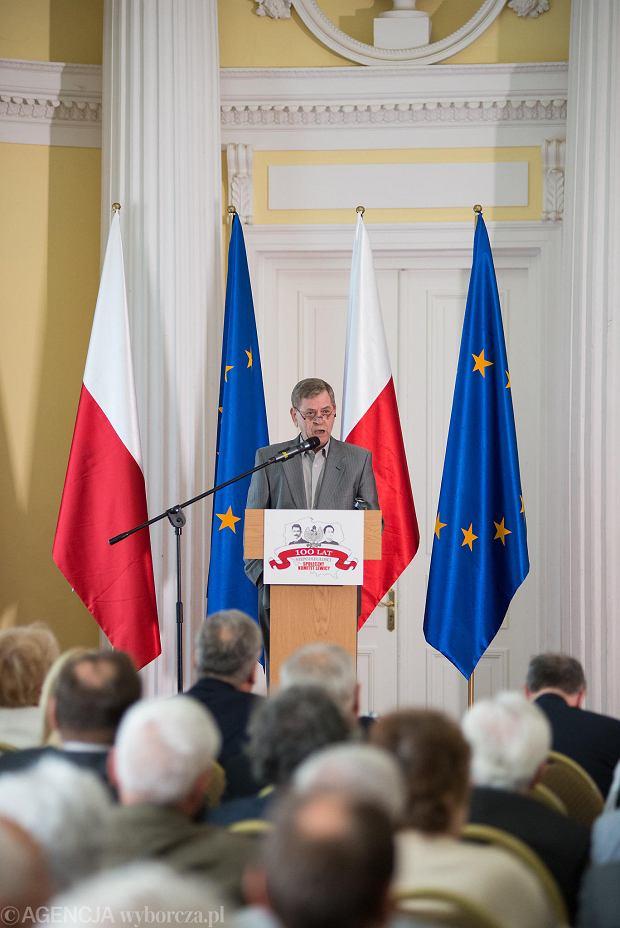 Aleksander Kwaśniewski na czele lewicowego komitetu obchodów 100-lecia niepodległości