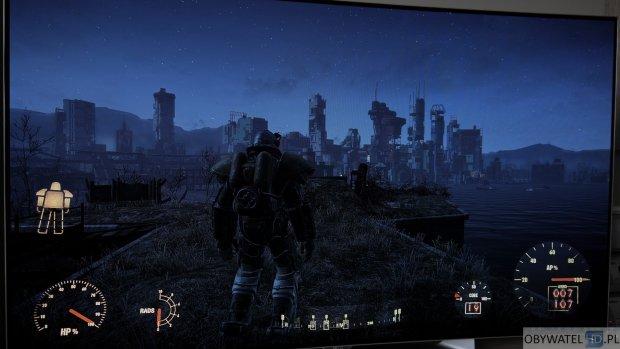LG EG910V OLED - gry - Fallout 4 noc