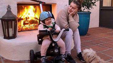 Joanna Krupa pozuje z córką