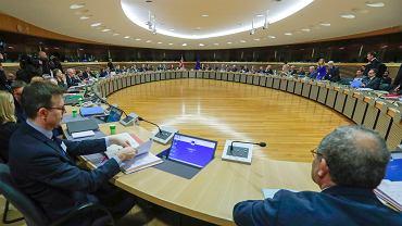 Koronawirus przestraszył eurodeputowanych. Kolejna sesja PE odbędzie się w Brukseli (zdjęcie ilustracyjne)