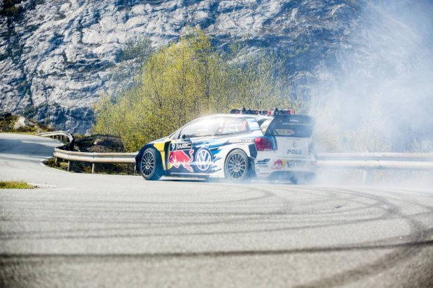 Volkswagen Polo R WRC vs Aksel Lund Svindal