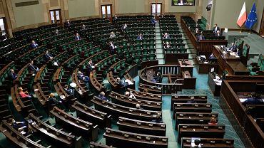 Koronawirus. Pusty Sejm. Posłowie będą pracować zdalnie. Głosowanie nad 'tarczą antykryzysową' rządu.