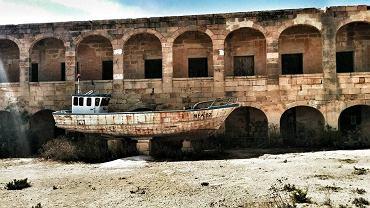 Comino, opuszczony szpital, fot. Dominika Węcławek