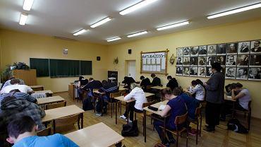 Uczniowie rezygnują z lekcji religii. 'Zatęsknią za swoim katechetą, za Kościołem i powrócą'