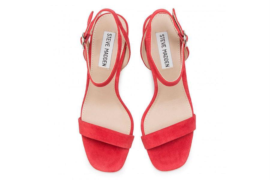 Czerwone sandałki na szpilce Steve Madden