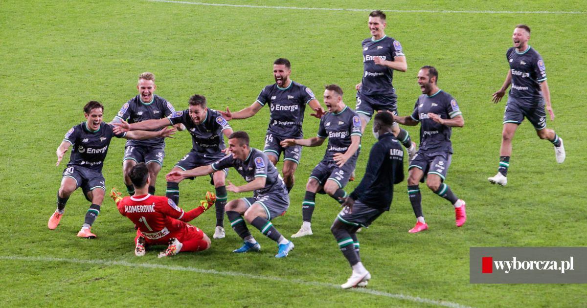 Lechia Gdańsk ponownie w finale Pucharu Polski! Pokonała ...