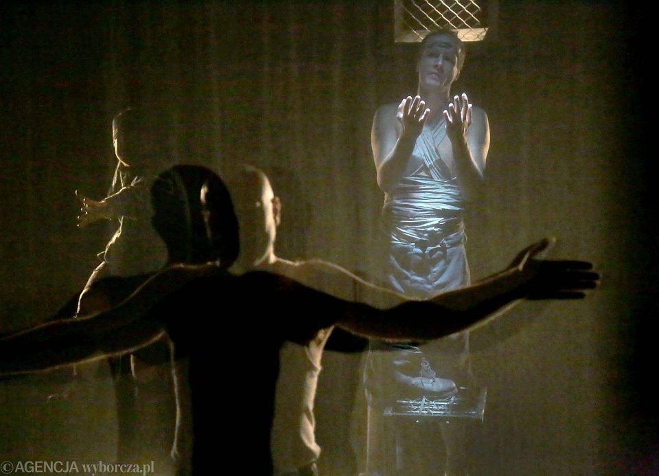 Zdjęcie numer 2 w galerii - Dziady. Noc Druga w Wierszalinie. Cóż za dramatyczna noc