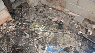 Wnętrze spalonego domu w Śliwnicy