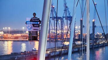 Akcja Greenpeace w porcie w Gdańsku. Ekolodzy blokują transport węgla z Mozambiku.