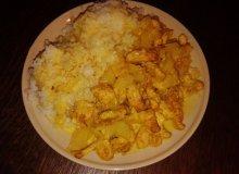Kurczak z ananasem i ryżem - ugotuj