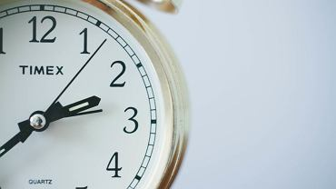 Czas jest zbyt cenny, aby spędzać go umartwiając się (fot. Unsplash.com CC0)