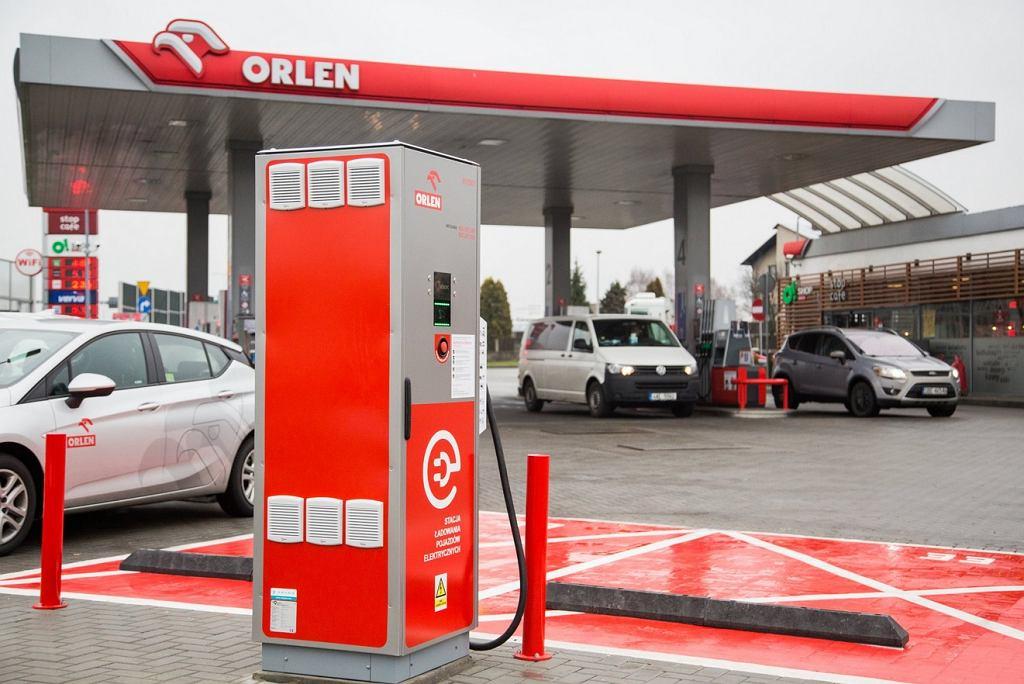 Punkt ładowania samochodów elektrycznych Orlenu