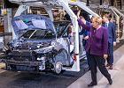 """W Polsce """"lex Lexus"""". W Niemczech wsparcie dla Volkswagena - większe dopłaty do aut na prąd"""