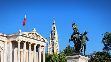 Czy skrajna prawica może zawrzeć koalicję z socjaldemokracją? W austriackim parlamencie to możliwe.