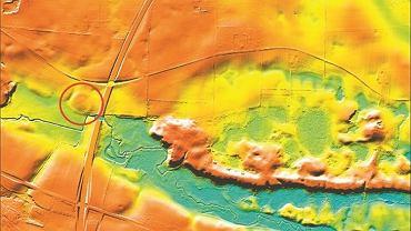 Warowni Borgring nie można było wypatrzyć gołym okiem ani na tradycyjnych zdjęciach lotniczych. Została zlokalizowana dopiero dzięki wykorzystaniu map LiDAR. Jakiś czas temu władze duńskie zdecydowały o lotniczym zeskanowaniu laserowym całego terytorium Danii. Powstały mapy, na których widać zarysy tego, co skrywa się pod gęstą roślinnością, w lasach albo pod warstwą ziemi. Skanowanie terenu przeprowadza się przy pomocy dronów lub samolotów, do których przymocowany jest skaner laserowy. Ten z bardzo dużą częstotliwością emituje wiązkę światła w kierunku badanego obiektu. Czas, w jakim odbite impulsy wracają, pokazuje odległości. Suma takich pomiarów pozwala stworzyć trójwymiarowy obraz obiektu, nawet jeśli jest ukryty pod roślinnością czy warstwą ziemi.