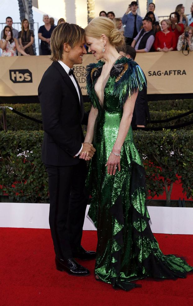 Actress Nicole Kidman and husband Keith Urban arrive at the 23rd Screen Actors Guild Awards in Los Angeles, California, U.S., January 29, 2017.  REUTERS/Mario Anzuoni