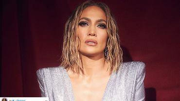 Nowa fryzura Jennifer Lopez robi furorę w sieci. Wyjaśniamy, jak zrobić ją samodzielnie w domu