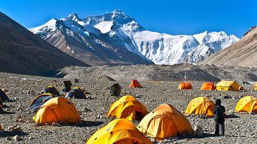 Mount Everest wyższy niż wcześniej podawano
