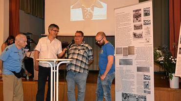 Panel dyskusyjny z udzialem Löwen Fans Gegen Rechts i fanów Ruchu