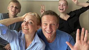 Teściowa o Julii Nawalnej: 'Rzadkie połączenie rozumu i piękna'. Aleksiej: 'Zaimponowała mi, bo bezbłędnie wyliczyła wszystkich aktualnych i byłych ministrów'