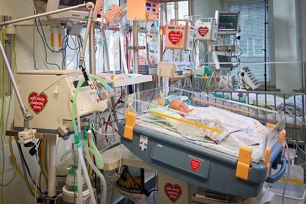 - Celem przyszłorocznego, 26. finału Wielkiej Orkiestry Świątecznej Pomocy jest wyrównanie szans w leczeniu noworodków, na takich właśnie oddziałach jak ten w słubickim szpitalu - mówi Jurek Owsiak, prezes zarządu WOŚP.