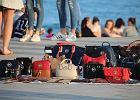 Nowe kary dla turystów we Włoszech. Za zakupy na plaży zapłacą więcej niż w butiku Chanel