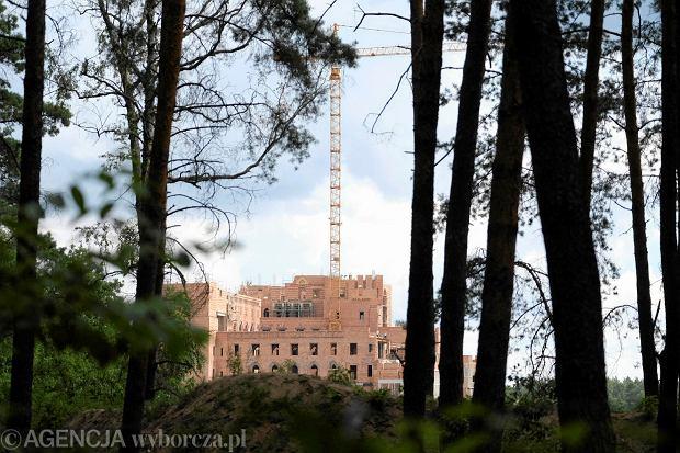 Stobnica. Budowa zamku w Puszczy Noteckiej