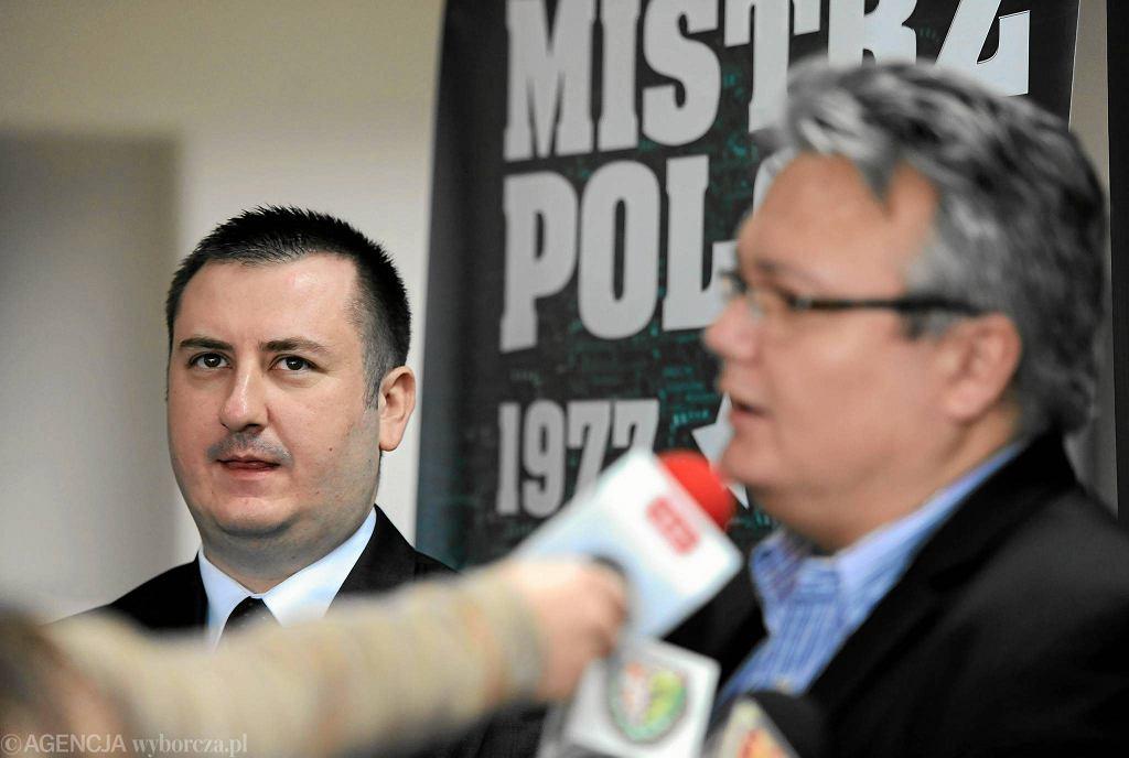 Rafał Holanowski (z prawej) krytycznie ocenia działania zarządu Śląska. Obok prezes zarządu Paweł Żelem