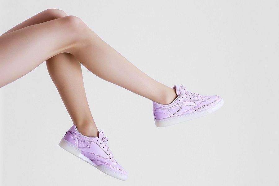 Liliowe sneakersy