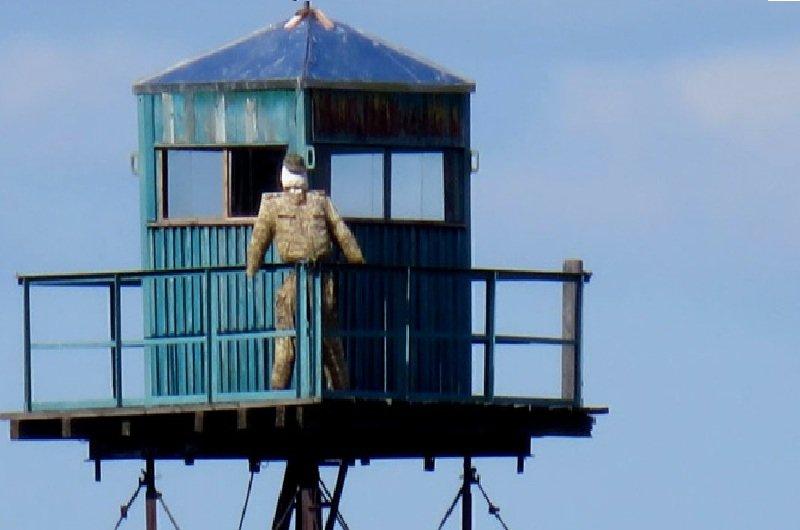 Strażnik pilnie strzeże granicy rosyjsko-chińskiej