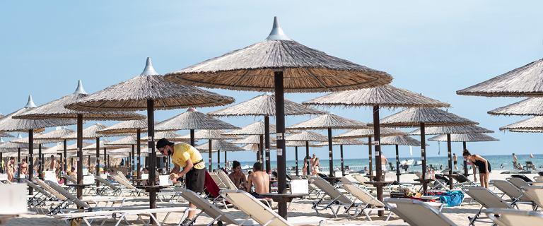 Grecja znosi kolejne obostrzenia. Na dniach otworzy się dla turystów