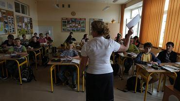 Lekcja w szkole - zdjęcie ilustracyjne