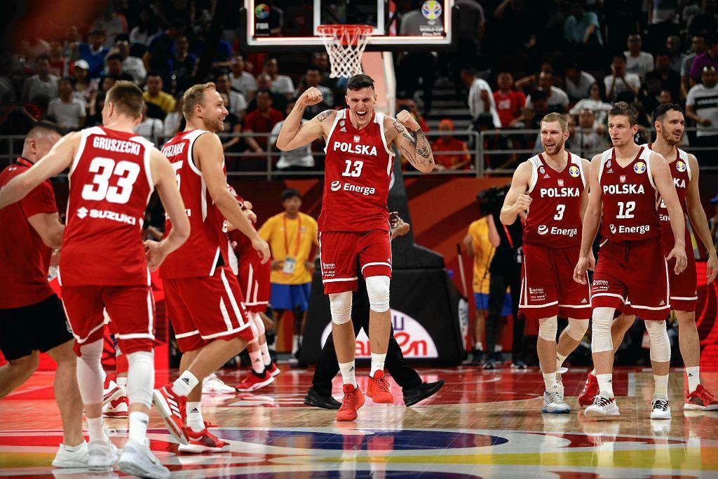 Mistrzostwa świata w koszykówce, Chiny 2019. Radość Polaków po wygranej z Chinami