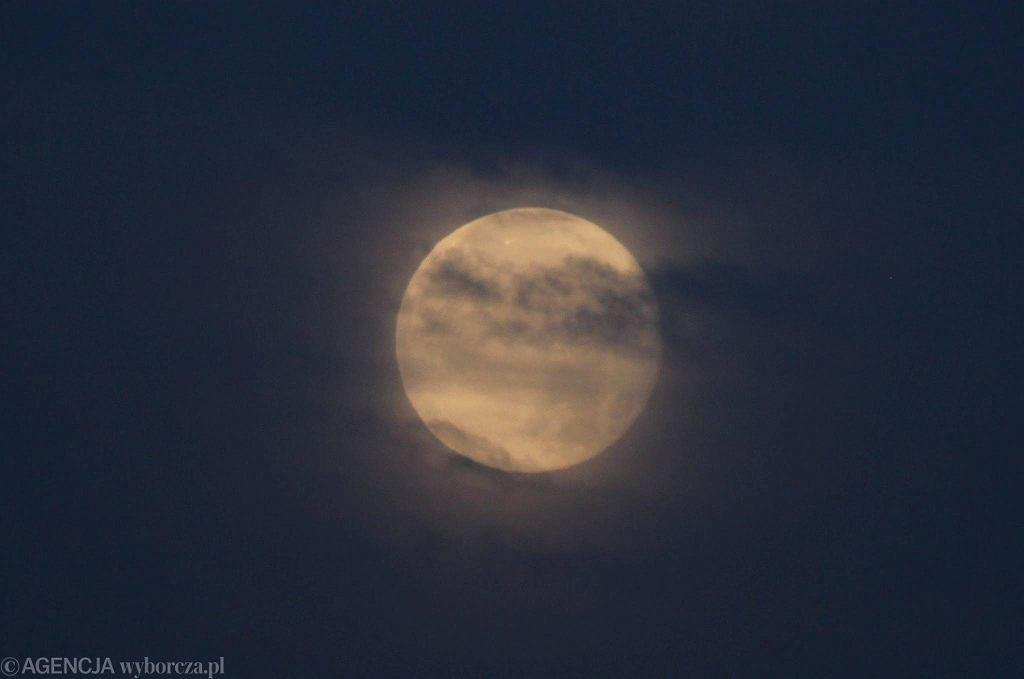 Superksiężyc nad Wrocławiem