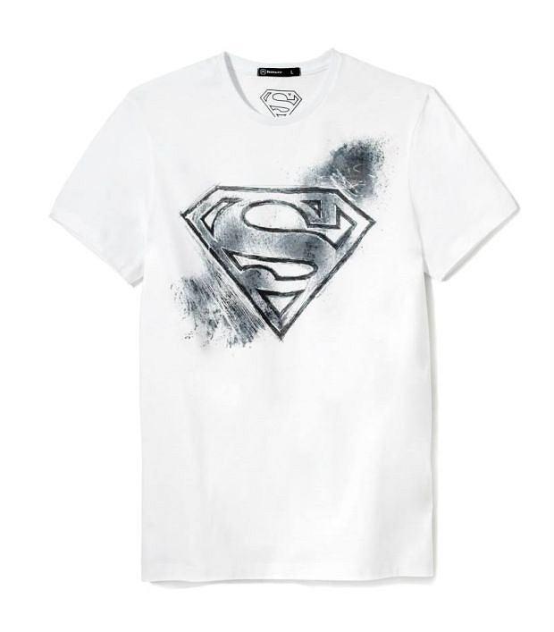 Zdjęcie numer 2 w galerii - Kolekcja House: koszulka dla bohatera