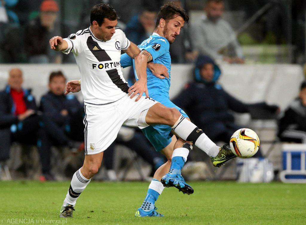 Legia - Napoli 0:2. Nemanja Nikolic podczas meczu fazy grupowej Ligi Europejskiej.