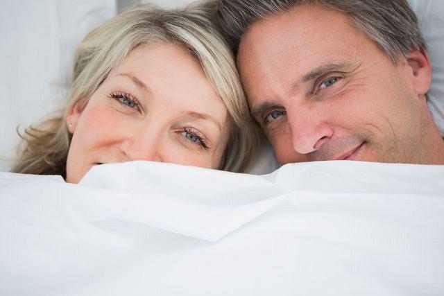 Czy zastępcza terapia hormonalna to sposób na poprawę męskiego libido?
