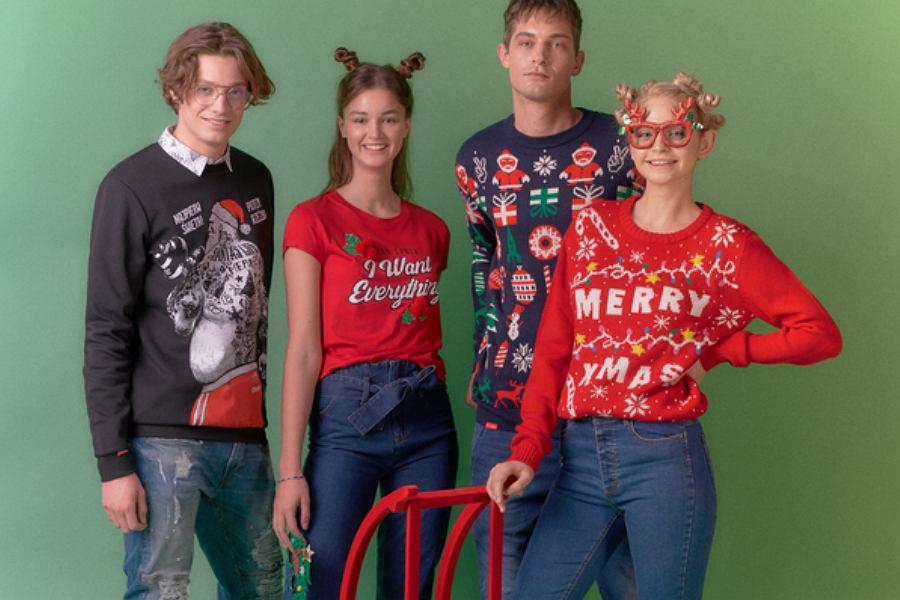 W świątecznej kolekcji Cropp znajdziesz w niej wiele zabawnych sweterków