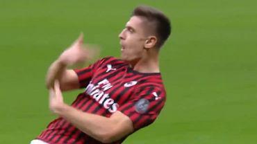 Krzysztof Piątek cieszy się z gola w meczu Milan - Lecce