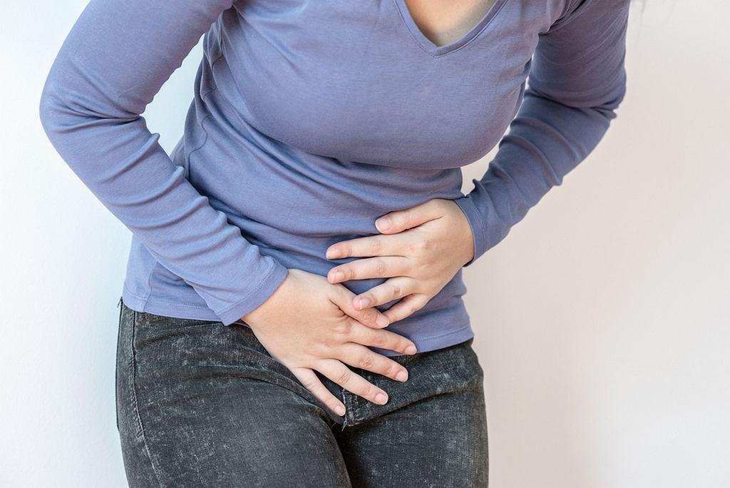 Mięśniaki macicy mogą powodować m.in. obfite miesiączki i bóle podbrzusza