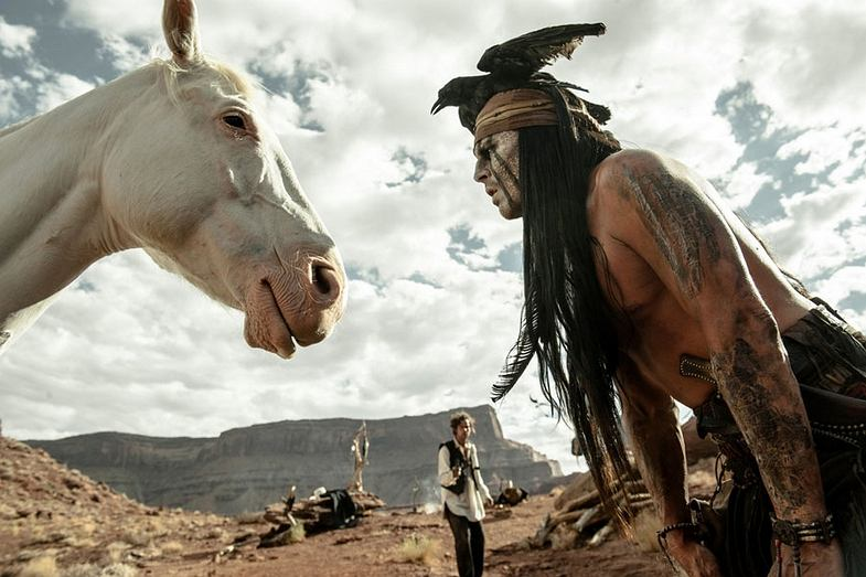 Kadr z filmu 'Jeździec znikąd'