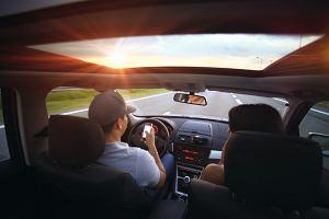 Samochodem na wakacje: Zobacz, o co powinieneś zadbać przed wyruszeniem w drogę