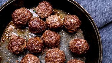 Kotlety mielone to jedno z najpopularniejszych dań obiadowych w naszej kulturze kulinarnej.