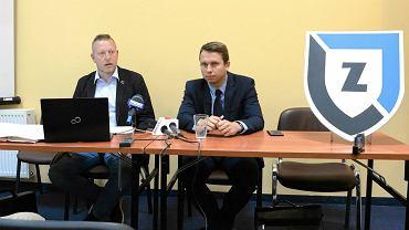 Konferencja prasowa władz SP Zawisza, na zdjęciu Krzysztof Bess i Adam Bułat