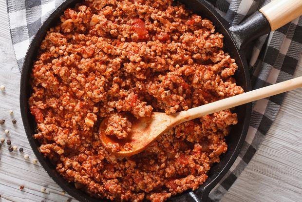 Bolognese, czyli jak zrobić popularny sos boloński do spaghetti, lasagne czy cannelloni