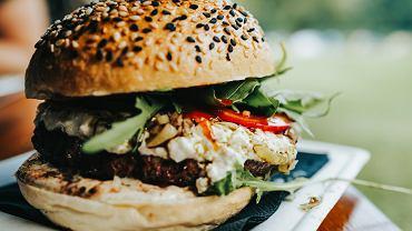 wegańskie zdrowsze wersje fast foodów do 500 kalorii