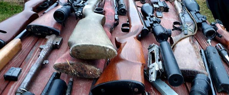 Zmasowana akcja CBŚP. Zatrzymano 28 osób podejrzanych o handel bronią