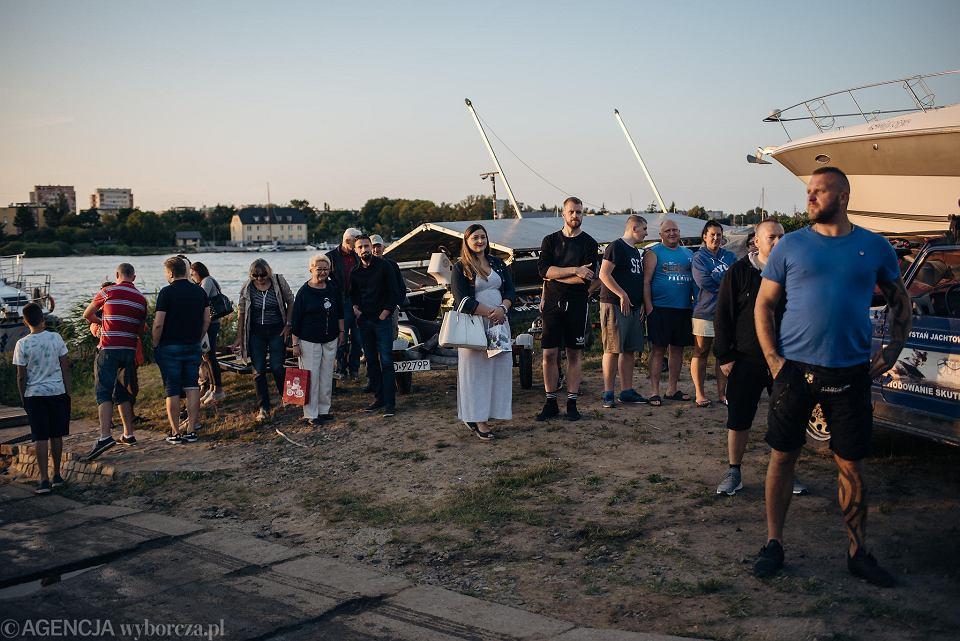 Zdjęcie numer 12 w galerii - Niepełnosprawny przepłynął skuterem wodnym z Warszawy do Gdańska