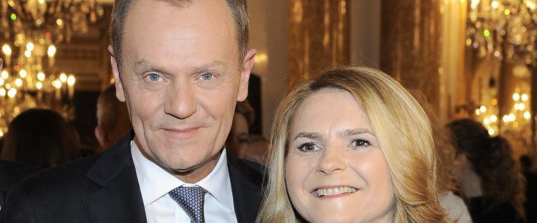 Donald Tusk świętuje walentynki. Wstawił urocze zdjęcie z żoną. Kasia Tusk komentuje